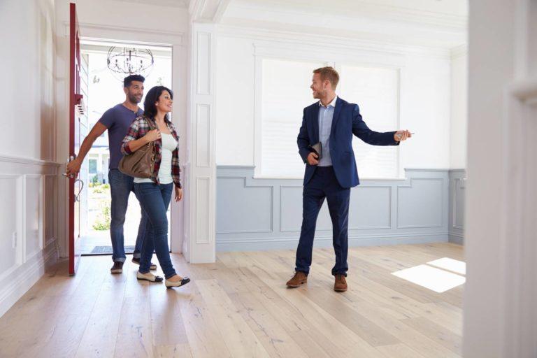 Le bon de visite d'agence immobilière : son importance et son cadre juridique légal